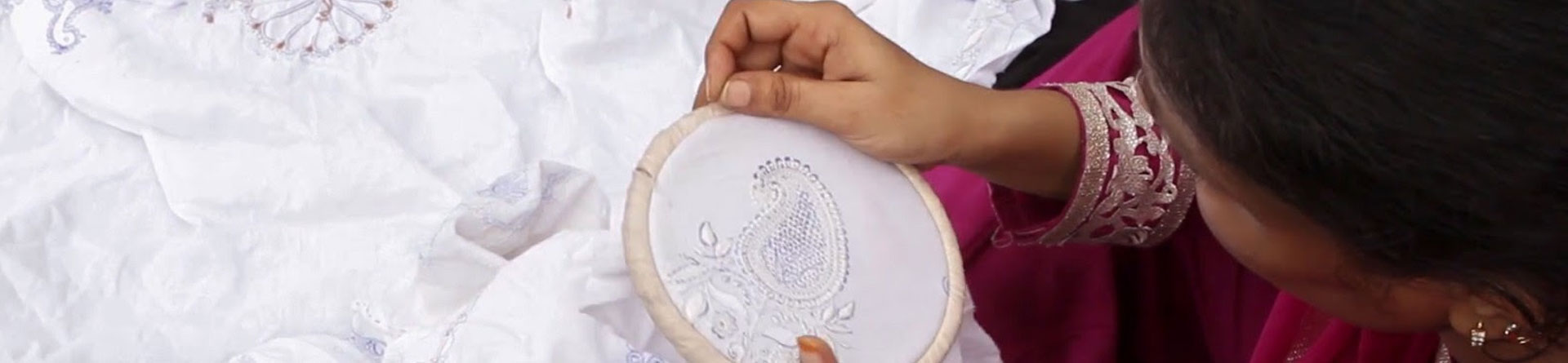 amayatexitles-hand-embroidery